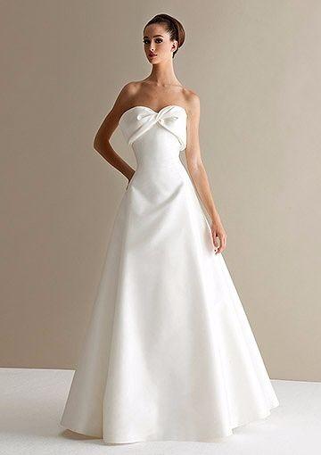 ANTONIO RIVA(アントニオ リーヴァ)世界最高峰ブランドのウエディングドレスのレンタル、人気・トレンドのカラードレス、圧倒的にオシャレなメンズのレンタルタキシード、アクセサリー豊富。提携外の結婚式場に持ち込み可能。ドレスの試着にご来店ください。海外挙式への貸出も可能。