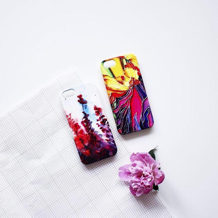 """Прекрасные летние кейсы Hipoco цвета фуксии и марсала. На Hipoco.com можно отыскать по словам """"berries"""" и ирис. 1500- #hipoco #hipocoflowers#art#draw#painting#illustration#marsala#flowers#iphonecase#iphone6s#iphone5#iphone6plus#иллюстрация#рисунок#графика#акварель#чехол#чехолнаайфон#watercolour#watercolor#цветы#ирисы#цветок#бордо#марсала#пионы#скетч#рисую#рисование#иллюстратор hipoco.com"""