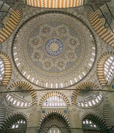 The domed-prayer hall at the Selimiye -- with an internal diameter of the dome of 31.5m and its highest point at 44m above the floor