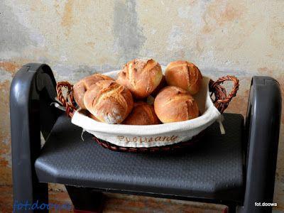 Moje Małe Czarowanie: Bułki pieczone metodą solno - drożdżową i pewien m...