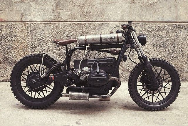 "BMW R65 Bobber - Tracker ""Mad Max"" by Delux Motorcycles #motorcycles #bobber #motos 