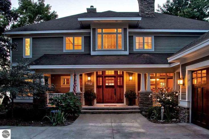 Craftsman Exterior of Home with Pathway, Bird bath, exterior stone floors