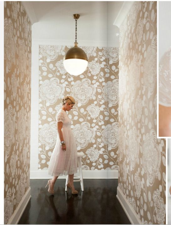 This wall paper...LOVE