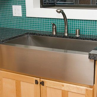 Barn Sinks For Kitchen : ... Sinks - Kitchen on Pinterest Base cabinets, Apron sink and Farm sink