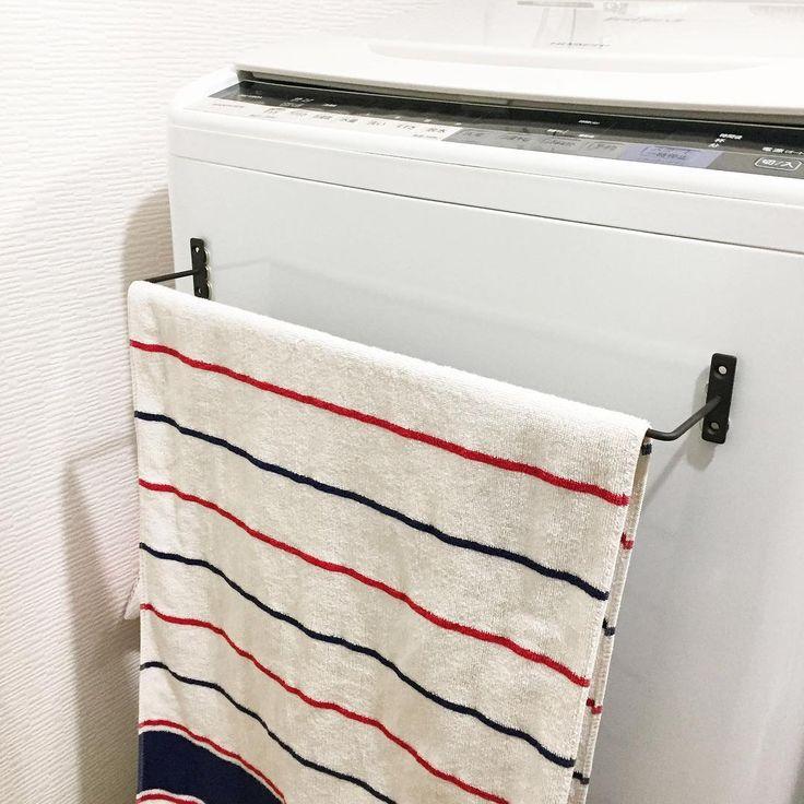 生活感がにじみやすい洗面所や脱衣所 100均グッズを活用して スッキリかつお洒落な空間に仕上げてみませんか 優秀な100均グッズと併せて ぜひ真似したい素敵なアイデアをご紹介いたします インテリア 収納 セリア アイアンバー 100均