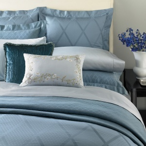 The Ice Blue of our Avellina is cool, calm, and collected. And, sophisticated. Available in 100% Egyptian cotton Italian-woven this luxury sateen jacquard top-of-bed and shams has an understated elegance.