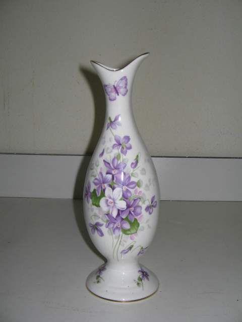 """Vaso in porcellana Aynsley """" Wild violets """""""
