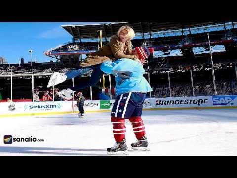 Julianne Hough & Brooks Laich @ Caps Family Skate.