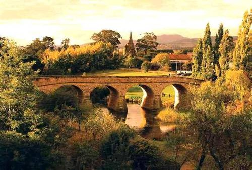 Richmond Bridge, 25 km north of Hobart, Tasmania, Australia