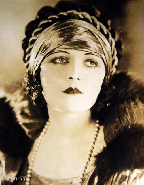 Pola Negri, 1897 - 1987. 90; actress, singer. Autobiography Memoirs of a star 1970.