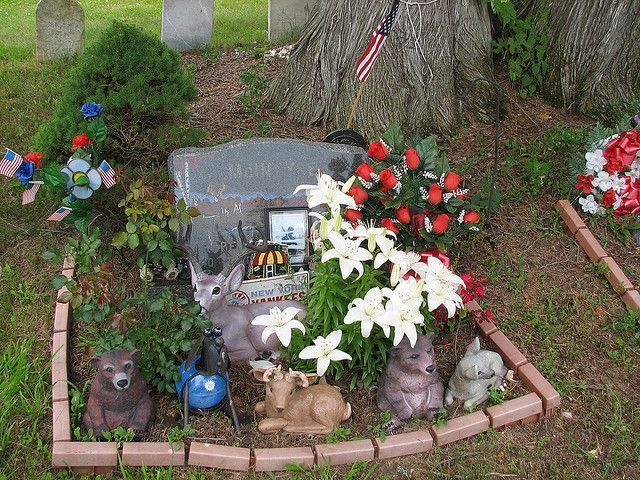 Grave Decoration Ideas | Flickr - Photo Sharing!