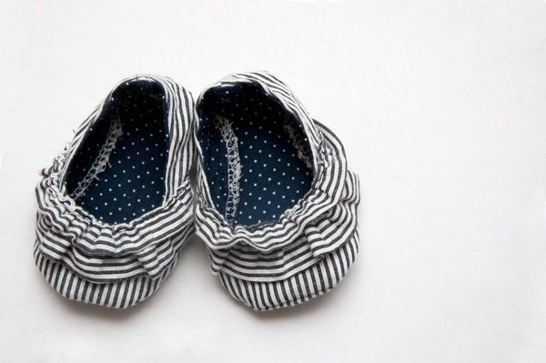 Adorable baby shoe pattern!! (free)