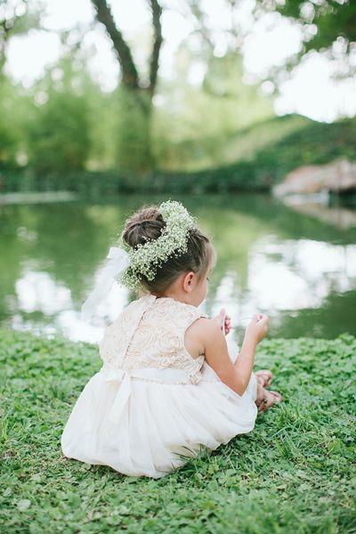 baby's breath flower girl bun! | Jen Dillender #wedding