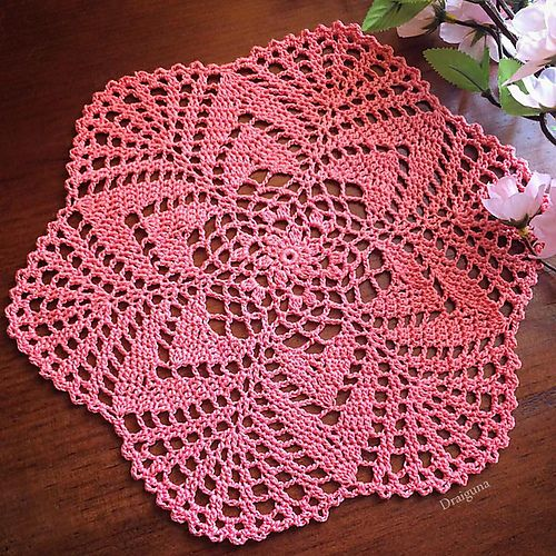 Ravelry: Starlight doily pattern by Julia Hart