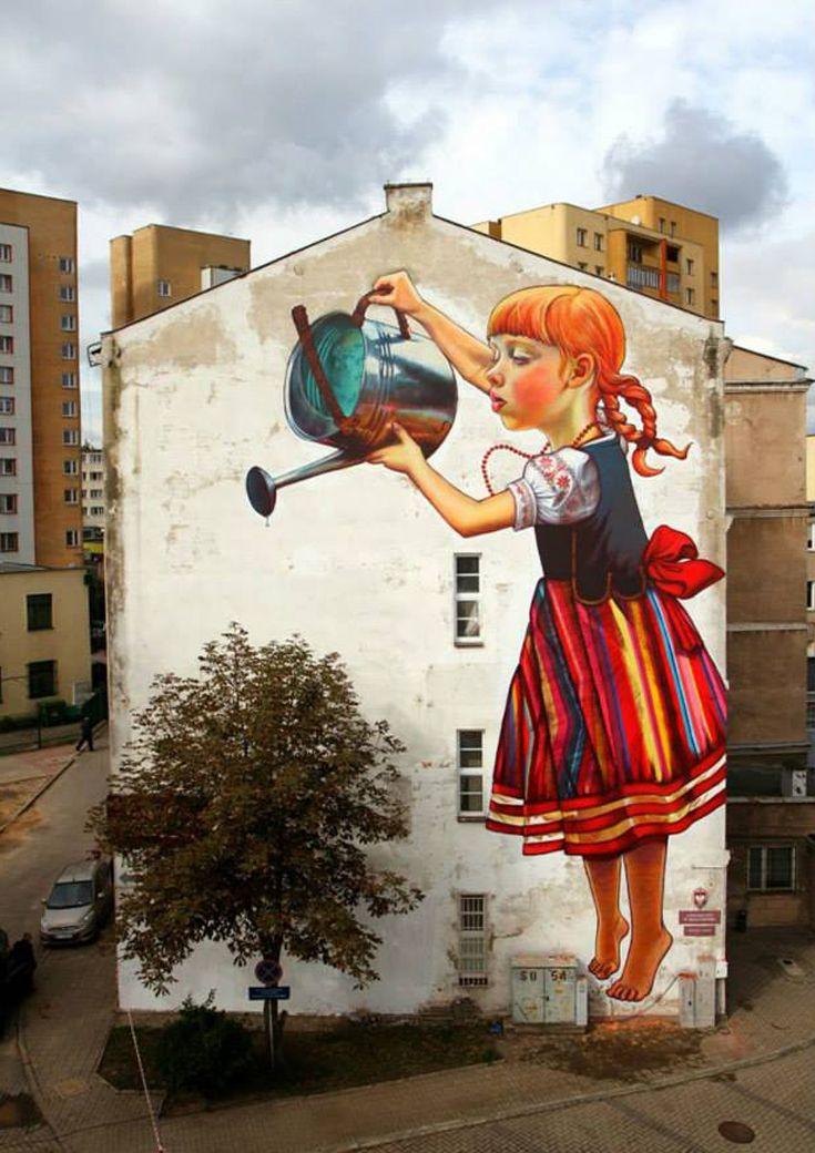 Natalia Rak- L'arte che interagisce con la natura e l'urbanistica http://restreet.altervista.org/la-collaborazione-tra-arte-e-natura-piu-creare-qualcosa-di-veramente-unico/