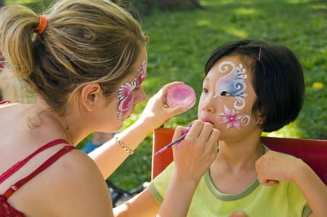 Before You Paint Your Face, Read These 10 Handy Tips: Face painting can be great fun, and gets easier with practice!