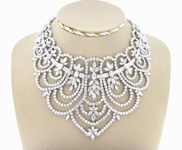 Collana in Stile Vittoriano con 338 cts di Di by Carlo Trotta Fine Jewelry on Blomming