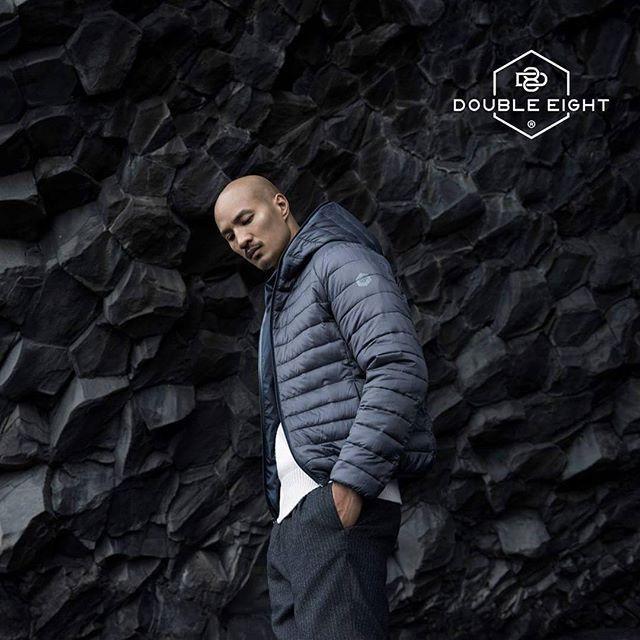 Double Eight è un nuovo concetto di capospalla pensato per l'uomo che vuole vestire un guardaroba contemporaneo, attraverso uno stile vincente, trasversale e up-to-date.