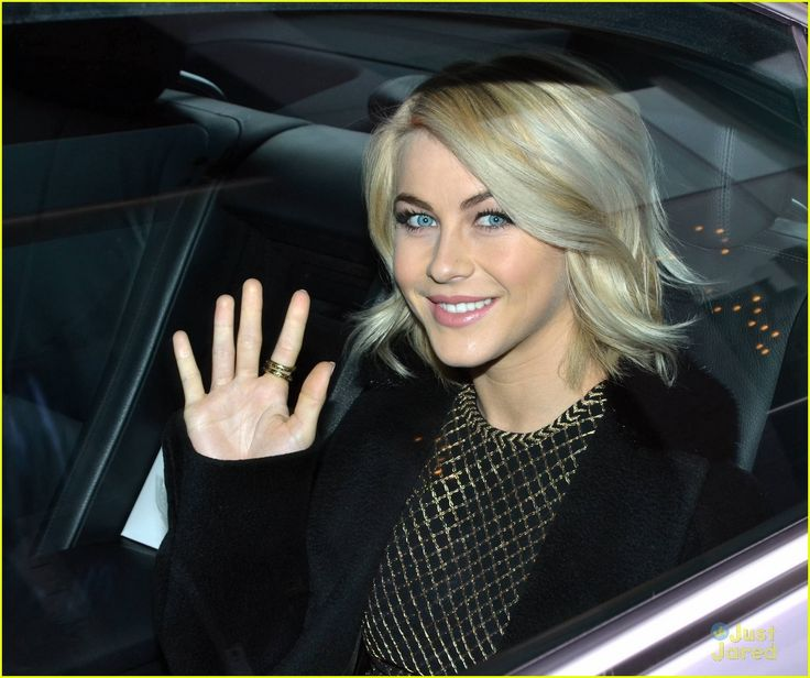 Julianne Hough is all smiles at the premiere of Safe Haven during the 2013 Jameson Dublin International Film Festival held at Dundrum Town Centre in Ireland on Friday