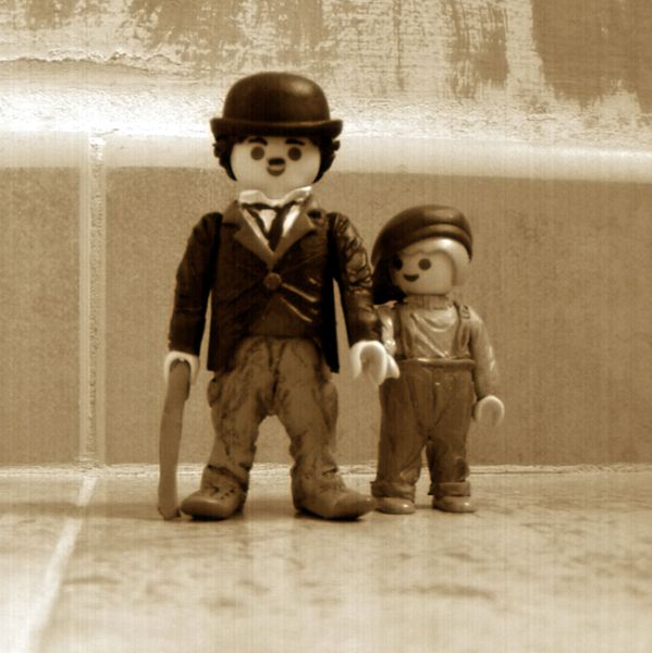 Chaplin . the kid ★•☆•Teresa Restegui http://www.pinterest.com/teretegui/•☆•★                                                                                                                                                                                 Más