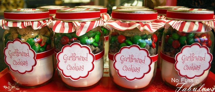 pint jars decorated for christmas | most cookies in a jar recipes are made for quart sized mason jars i ...