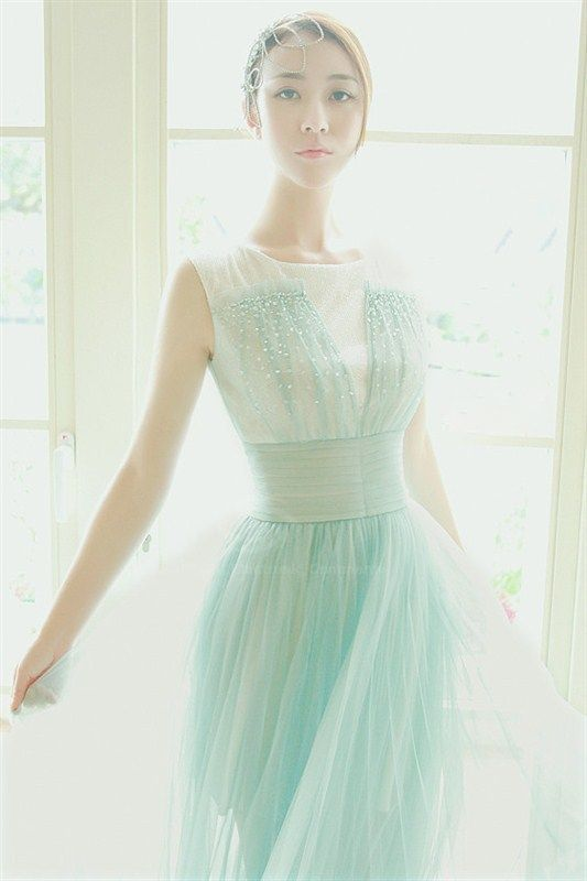 186 best images about mint green wedding ideas on for Mint and gold wedding dress