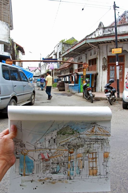 Sketchwalk in Bandung, by some local sketch artists. Photo by M. Ichsan Harja Nugraha.