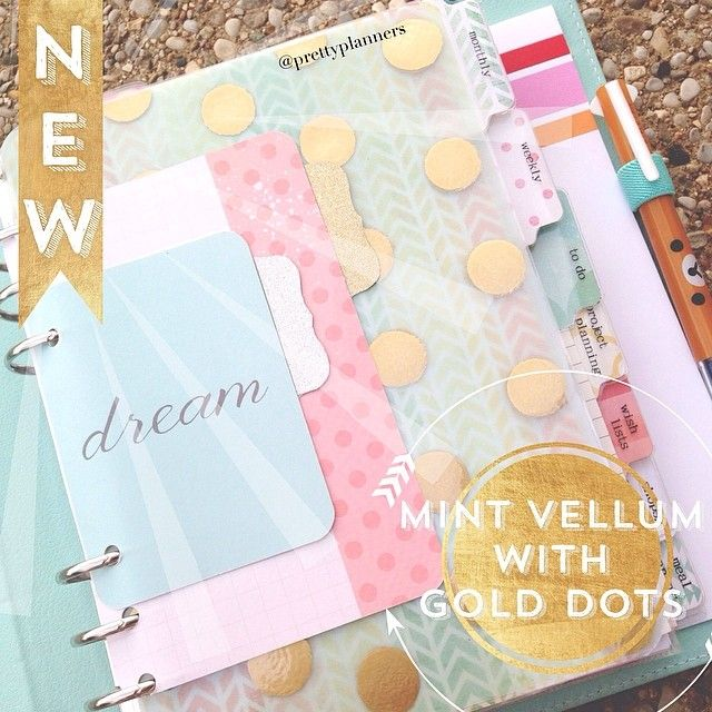#ShareIG New Dashboard!! I hand-painted mint vellum with gold dots to match my Kikki K. Absolutely loving how it turned out!  #kikkik #kikkikrevolution #filofax #planner #planneraccessories #dashboard #plannernerds #planneraddicts #rhonnadesigns