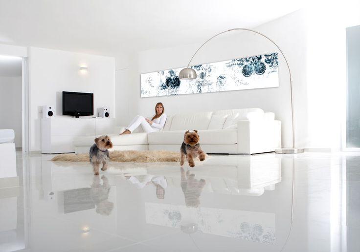 Apartment in Mallorca, das Bild hinter dem Sofa wurde extra von mir für das Apartment designed, www.jocopix.org