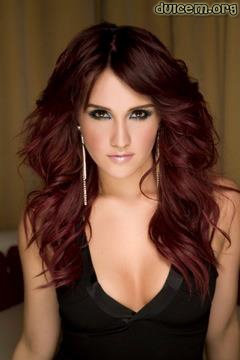 Perfect example of a beautiful Plum Brown! This particular color can be easily dressed up with soft curls or loosely braided into a fishtail for a day out with the girls.
