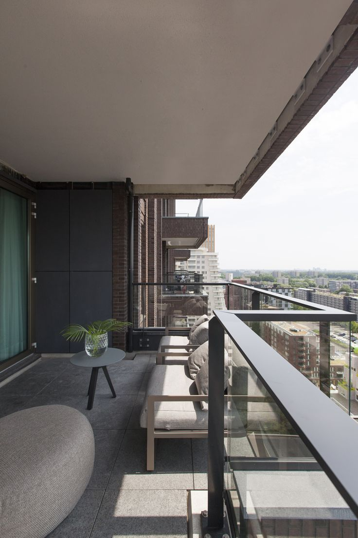 Balcony apartment Amsterdam | interior by Studio Jan des ...
