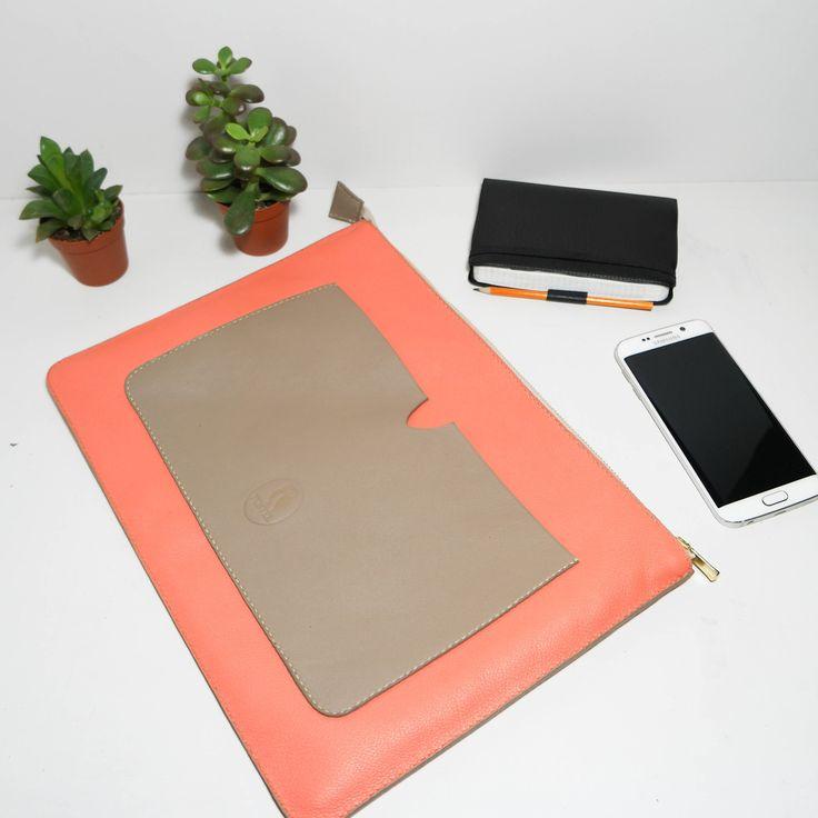 Pochette Evy CRoG17, en cuir de vachette rose et gris tourterelle. : Sacs à main par les-sacs-fustel