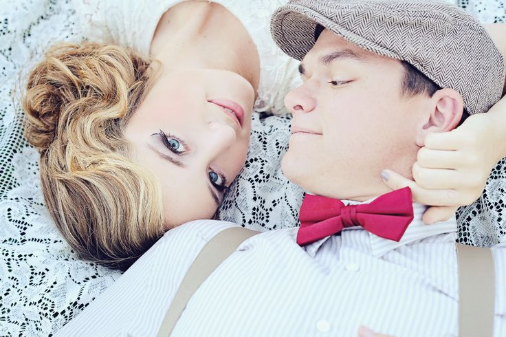 "Vintage Engagement ""Picnic"" Styled Shoot | Swoon Vintage Rental Co. | Shannon Kaeding Photography"