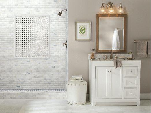 Плитка меняет все.  То же цвет краски, те же приборы, же суета и # 8230;  Различные материалы, цвета и узоры сделать плитка идеальный способ добавить индивидуальности в дом.  Найти больше Идеи для ванной комнаты.