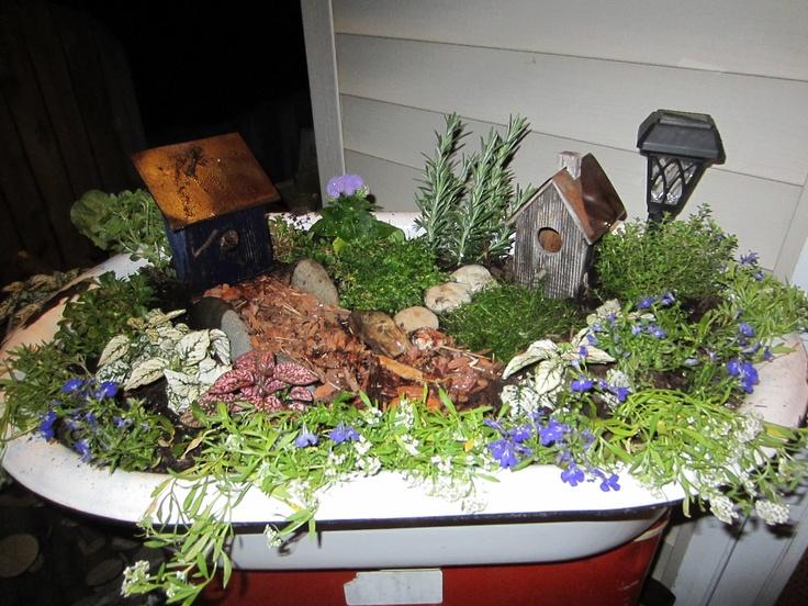 24 best images about bathtub flower beds on pinterest gardens antiques and. Black Bedroom Furniture Sets. Home Design Ideas