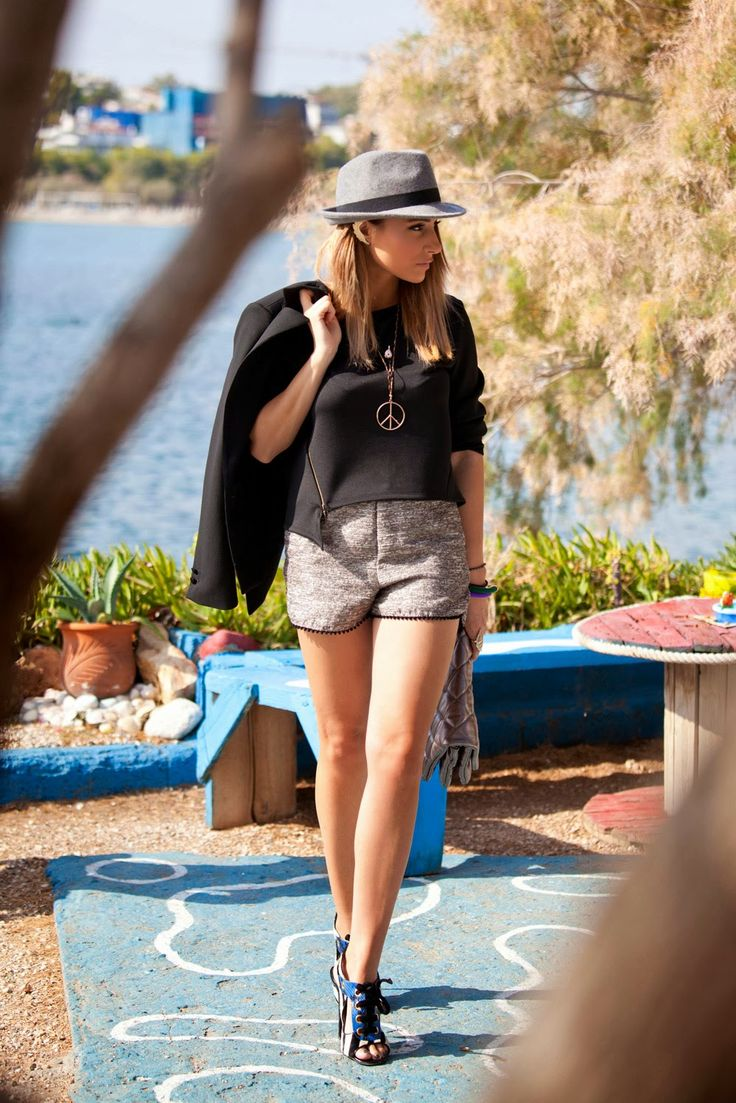 Total look by the KNLs Jennifer scuba top and Cameron metalic shorts @ http://www.theknls.com/en/7-tops