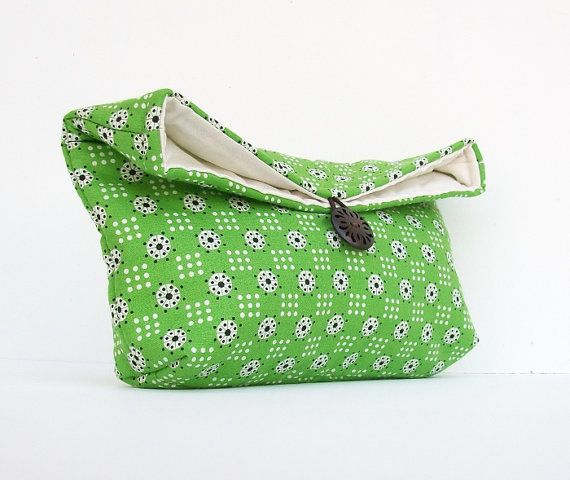Makeup Bag Cosmetic Black White and Green Clutch by EdensWake, $16.00