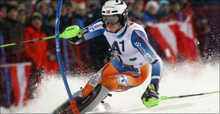 VANT VERDENSCUPRENNET: Henrik Kristoffersen lå på andreplass etter førsteomgang i Østerrike. 19-åringen er tidenes yngste norske verdenscupv...