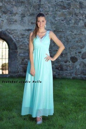 6fb142f85428 Plesové splývavé šaty - mentolové šaty - dlouhé šaty www.svatebninella.cz