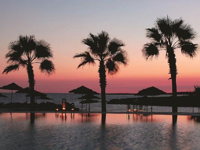 Traveliada.pl - wakacje w hotelu Adams Beach Hotel - Cypr