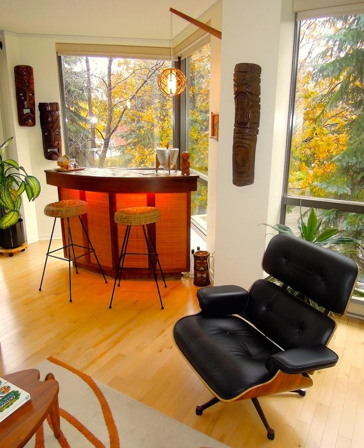 Best Tiki Bar Decor At Home Readers Photos Of Their Tiki Style Home Decor And Bar 400 x 300