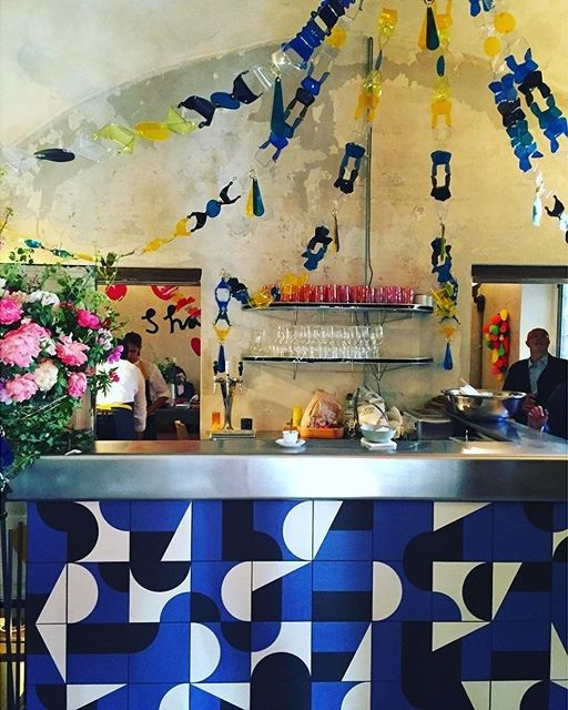 Alexa Chung, Tory Burch, and the 11 Best Interiors of the Week