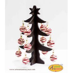 www.artesaniasmarymar.com PINO de navidad con esferas.