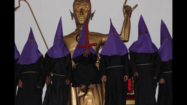 GRAN CONGREGACIÓN de luciferinos en el Templo de adoración al diablo