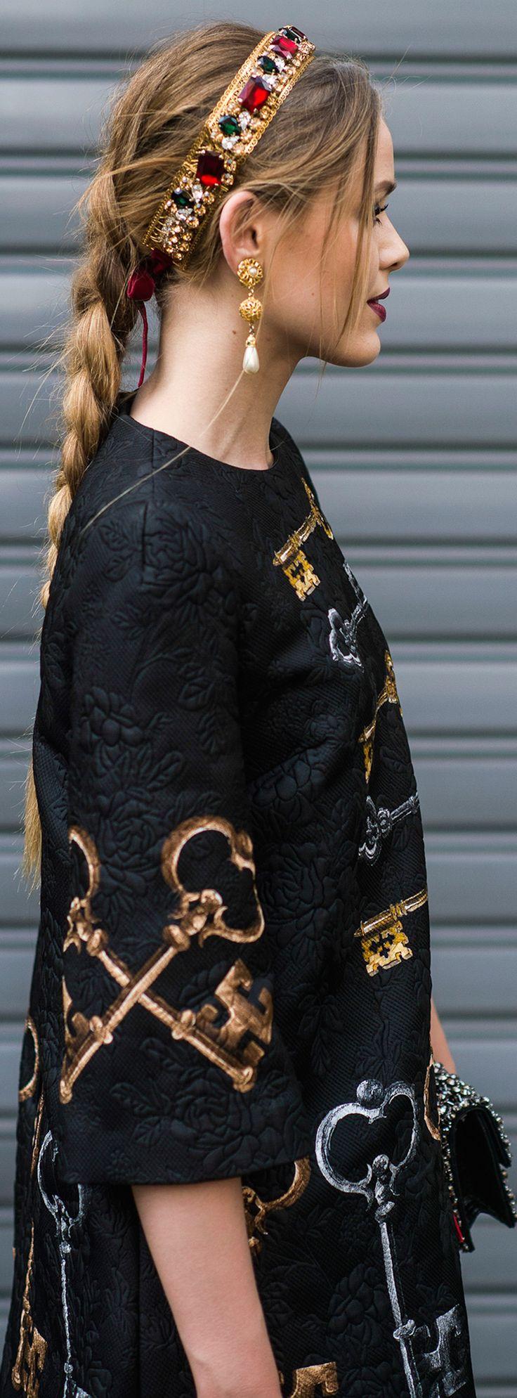 Dolce & Gabbana #Hair #HairJewellery #hairstyle