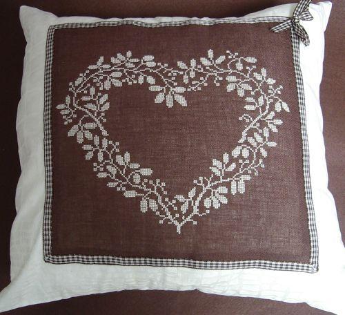 Декоративна подушка.