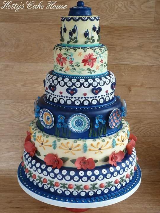 Polish Pottery inspired Wedding cake