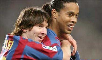 Le regret de Ronaldinho vis à vis de Messi - http://www.actusports.fr/126352/le-regret-de-ronaldinho-vis-vis-de-messi/