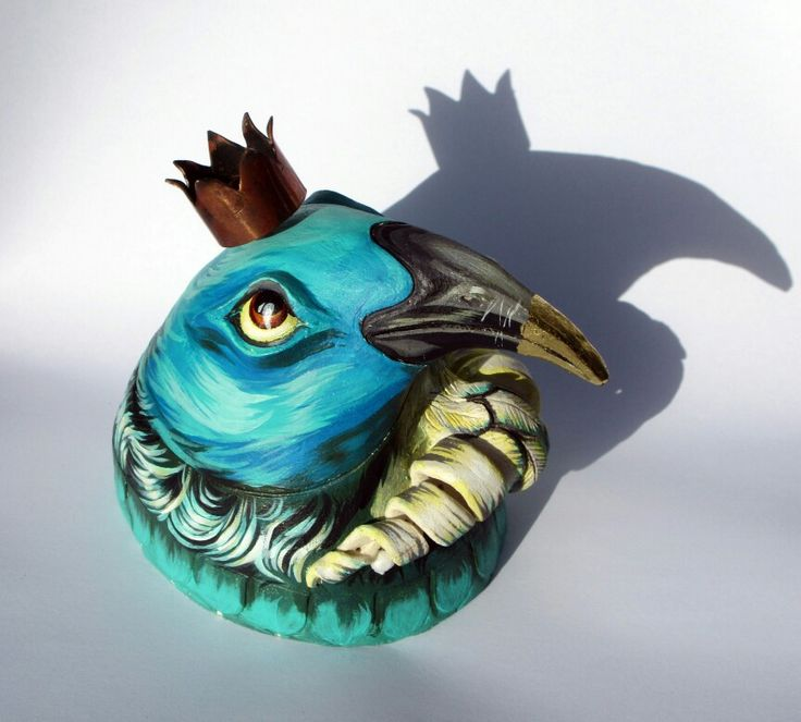 Ceramic Tui bird painted by Cinzah Seekayem and Sculpted by Glen Colechin