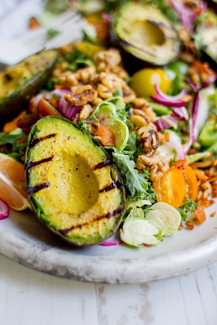 Grilled Avocado and Kale Chopped Salad. Summer Dinners.